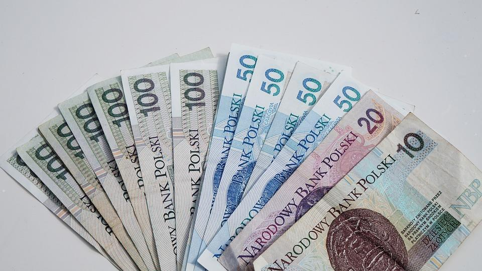 財布に多くの金額を入れておく事で金運アップが出来るって本当なの?